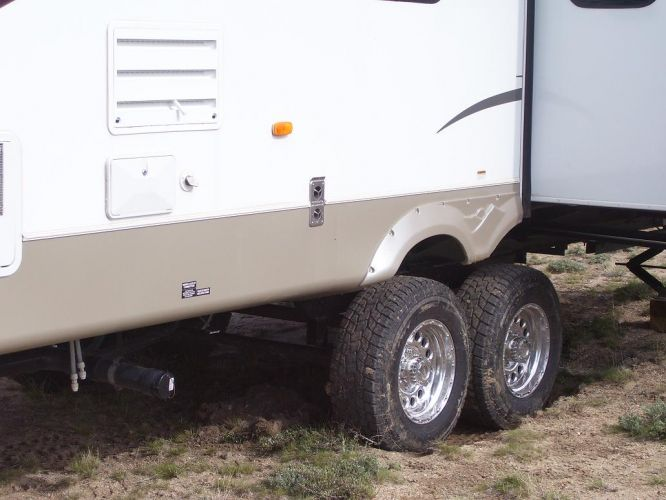 how to put a trailer of a lifted truck